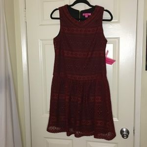 🆕 Crochet Overlay Dress by Betsey Johnson - NWT